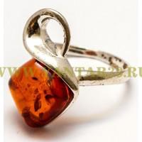 Кольцо с янтарем «Неринга» коньяк