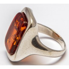 Кольцо с янтарем «Маргарита» коньяк