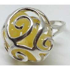 """Кольцо с янтарем """"Сферы"""" белый"""